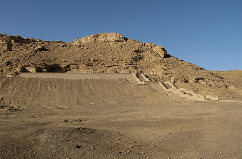 New Kingdom tombs at el-Kab