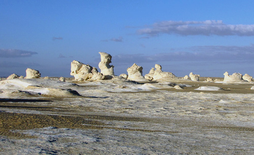 Weird shapes in the White Desert